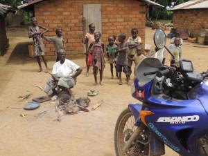 Prosegue il 'raid' africano di Franco Ballatore che fa tappa in Nigeria