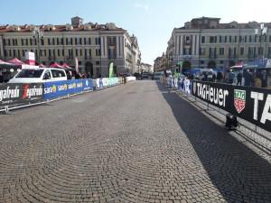 Cuneo: in città si è messa in moto la 'macchina' del Giro d'Italia (FOTOGALLERY)
