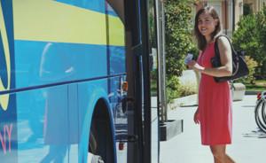 Fino a settembre gli Under 20 viaggiano sui mezzi Granda Bus a meno di venti euro