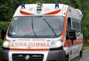 Motorino fuori strada tra Cuneo e Fossano: grave un uomo