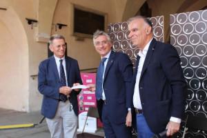 Ad Alba celebrati trenta vitigni alla 'Festa dei vini autoctoni del Piemonte'