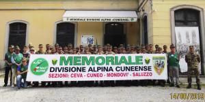 I giovani Alpini del 2° reggimento in visita al Memoriale di Cuneo