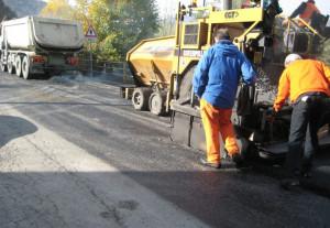 Interventi di bitumatura per le rotatorie di Roddi e Pollenzo sulla strada provinciale 7