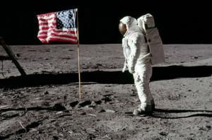 Bra: al 'Craveri' si osserva la luna e si proietta il film 'First Man'