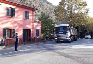 In valle Roya permane il 'divieto della vergogna': 'Autotrasporto e economia della Granda lasciati soli'