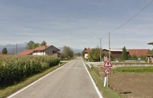 La strada tra Fossano e Levaldigi è troppo pericolosa: la Provincia mette il divieto di sorpasso