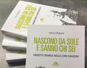 Al Mondadori bookstore la presentazione di un libro su Vasco e Ligabue