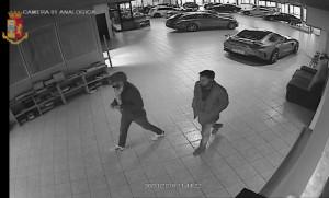 Sgominata una banda di ladri di auto di lusso attiva tra Cuneo e Torino