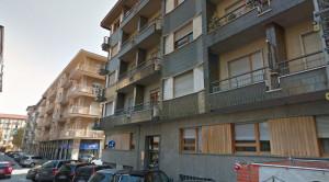 Cuneo, piastrelle si staccano dalla facciata di un condominio in via Quintino Sella