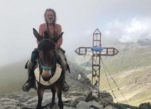 'Degio' raddoppia: con la sua mula Pioggia per due volte oltre i 3 mila metri in un solo giorno