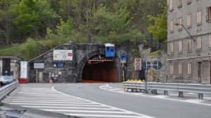 Non c'è il presidio dei Vigili del Fuoco sul versante francese: chiuso il tunnel del Tenda