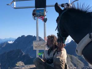 Continuano le scalate di 'Degio' e della sua mula Pioggia