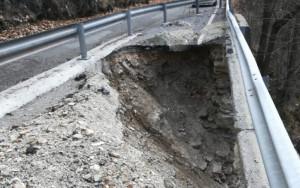 Intervento della Provincia sul tratto franato della provinciale 178 Valcasotto tra Pamparato e Garessio