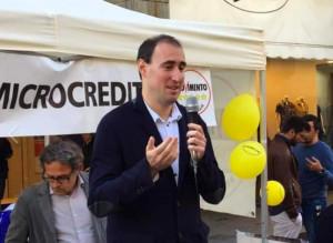 L'ex grillino: 'L'accordo tra PD e Cinque Stelle giova a Salvini'