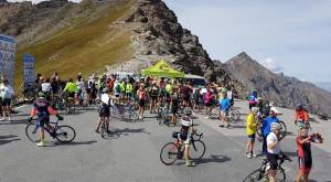 Domenica 8 settembre il Colle dell'Agnello sarà riservato ai ciclisti