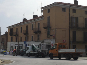 Traffico congestionato nell'Oltregesso a causa dei cantieri del teleriscaldamento