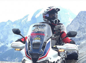 Dopo l'Africa, Israele e la Giordania: la nuova avventura del motociclista cuneese Franco Ballatore