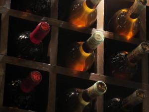 'Prendi il vino e scappa': a processo l'azienda 'fantasma' di Cussanio