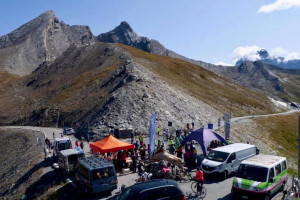 In 350 al colle dell'Agnello per un raduno ciclistico di amatori