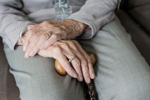 Fossano, 85enne denuncia l'agenzia immobiliare: 'Mi hanno truffata'