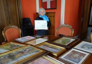 Ex dipendente della Provincia regala all'ente i quadri della sorella pittrice scomparsa