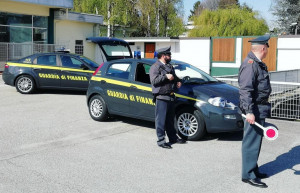 Sette lavoratori in nero scoperti in un locale del Saviglianese