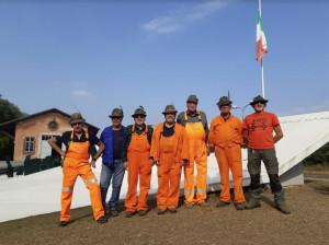 Cuneo, gli Alpini di Ceva dedicano una giornata di lavoro per ripulire il monumento alla memoria dei caduti in Russia