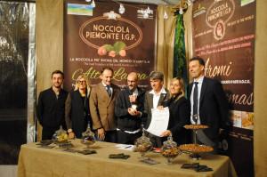 Lo chef tre stelle Michelin Enrico Crippa si aggiudica la Nocciola d'Oro