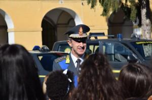 Gli studenti delle scuole medie di Cuneo in visita alla caserma della Guardia di Finanza