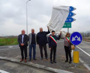 Dopo anni di attesa e tanti incidenti è stata inaugurata la rotonda sulla provinciale Cuneo-Caraglio