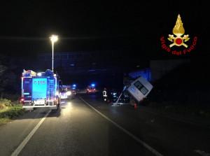 Incidente in tangenziale a Pianfei, cinque i feriti, tra cui una bambina