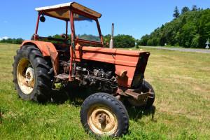 Il figlio dei vicini si ferì sul suo trattore, agricoltore condannato per omissione di soccorso
