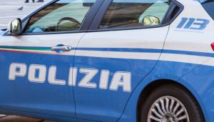 Cuneo, spacciatore colto in flagrante mentre consegna droga a un ragazzino: arrestato