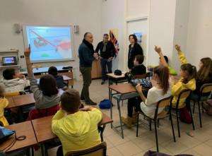 A piedi e in bici sulla strada: l'Aci Cuneo insegna nelle scuole come comportarsi