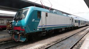 Da domani aumentano i posti sul treno regionale Fossano-Savona