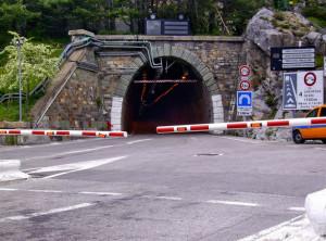 Tunnel di Tenda chiuso a causa di un guasto all'impianto antincendio