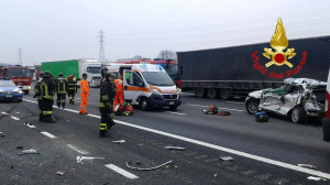 Due incidenti sulla A6, un morto e due feriti gravi