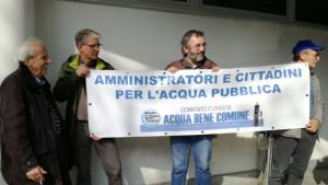 Il Comitato per l'acqua pubblica tira Borgna per la giacca: 'Si schieri contro lo smembramento dell'Ato4'