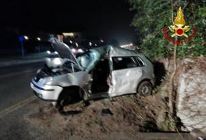 Auto fuori strada a Cervasca, ferito un ventenne