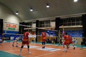 Pallavolo A3/M: Cuneo cede al tie break contro San Donà