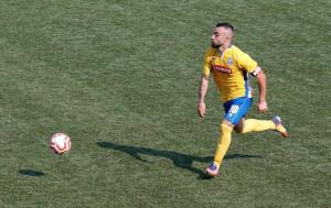 Calcio, ora è ufficiale: Riccardo Romani saluta Fossano e firma con il Bisceglie