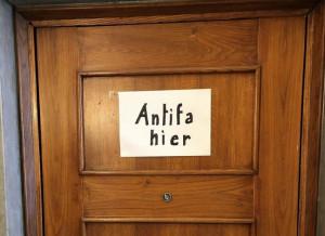 'Qui vive un antifascista', l'originale solidarietà del sindaco di Milano al figlio di Lidia Rolfi