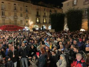 Le Sardine cuneesi tornano a riunirsi dopo la manifestazione di novembre