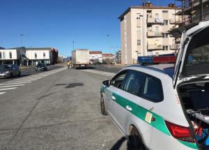 Ubriaco a piedi nel piazzale delle Uve a Cuneo: interviene il 118