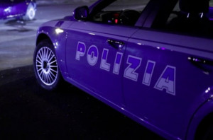Cuneo, picchia l'anziana madre che non voleva dargli soldi: denunciato