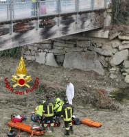 Alba, ricoverato dopo la caduta da un ponte pedonale