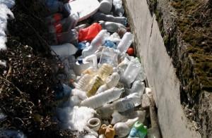 I tecnici del Parco del Monviso hanno ideato un dispositivo 'cattura plastica' per risanare le acque fluviali