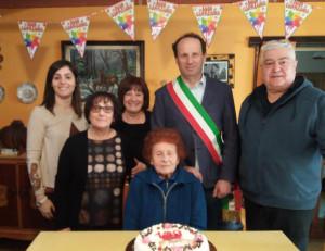 Borgo San Dalmazzo festeggia i cento anni di Maria Falco