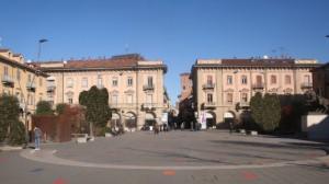 'I soldi per il rifacimento di piazza Ferrero siano utilizzati per contrastare l'emergenza abitativa ad Alba'