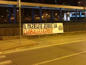 Coronavirus, striscioni di CasaPound a Cuneo e Alba: 'Il paziente zero è la globalizzazione'